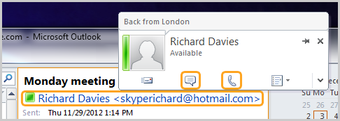 Skype contact card in Outlook with the instant message and call icons.